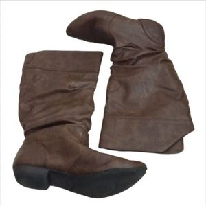 Mossimo Brown Leather Styled Slouchy Boots!